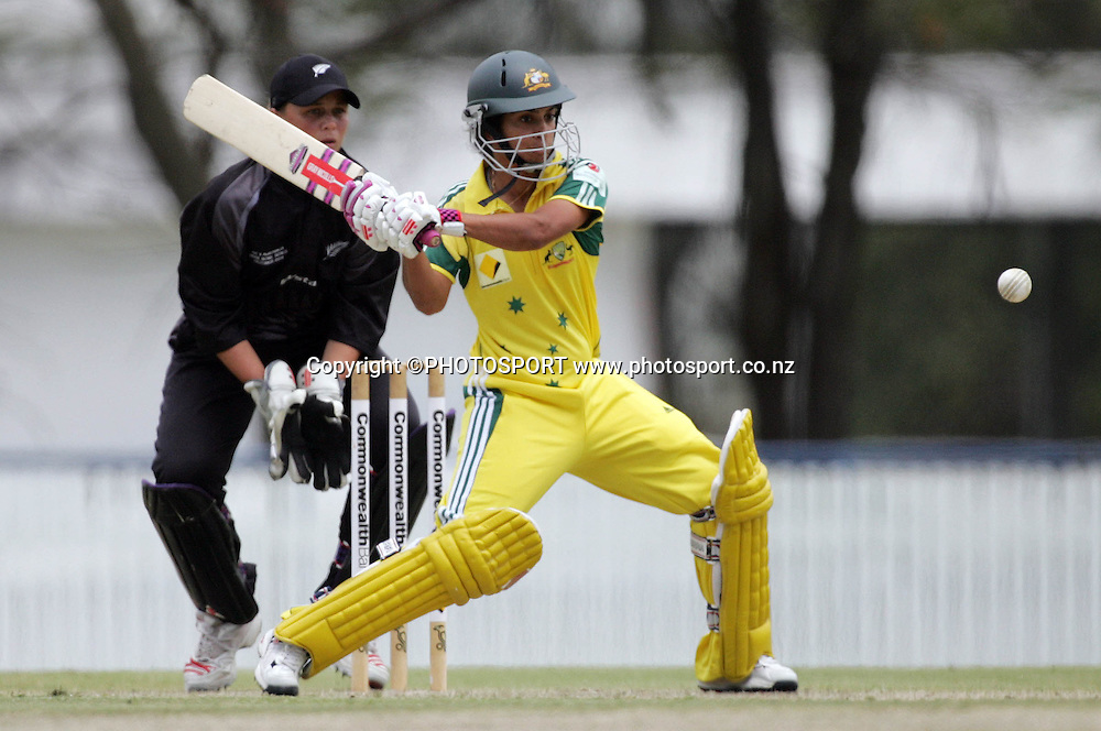 Australia's Lisa Sthalekar in action during the fourth ODI Rose Bowl cricket match between the White Ferns and Australia at Allan Border Field, Brisbane, Australia, on Thursday 26 October 2006. Australia won the match by 85 runs with a total of 252. Photo: Renee McKay/PHOTOSPORT<br />