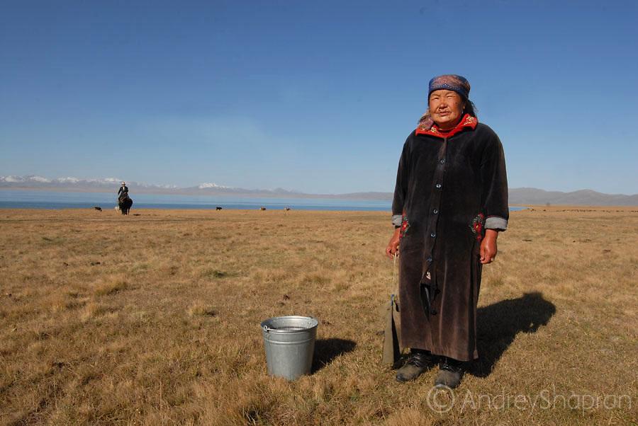 An old woman. Song-Kul' lake