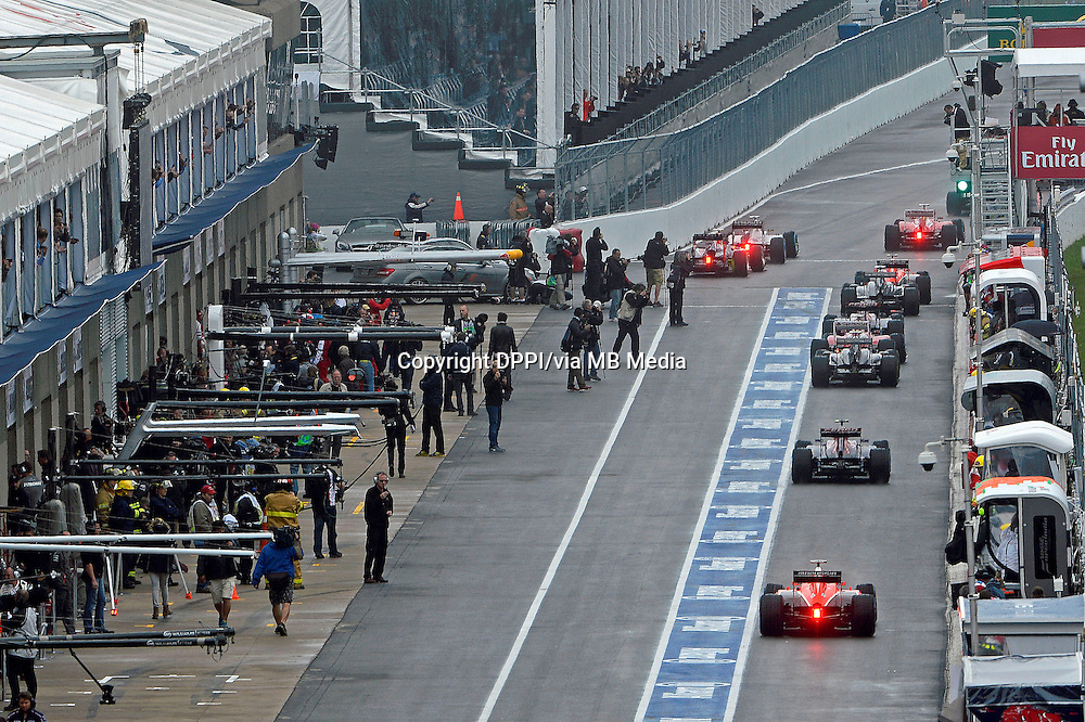 MOTORSPORT - F1 2013 - GRAND PRIX OF CANADA - MONTREAL (CAN) - 07 TO 09/06/2013 - PHOTO ERIC VARGIOLU / DPPI STAND - PIT LANE