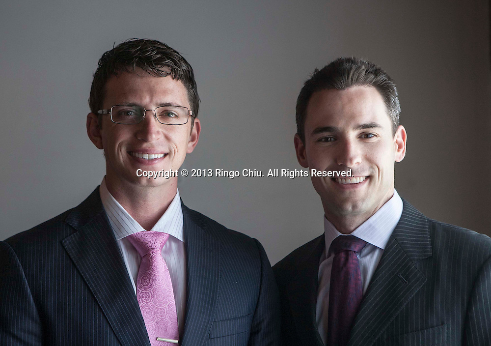 Chris Duffield (L) and Kris Schellhas, co-founders of Investment Diamond Exchange. (Photo by Ringo Chiu/PHOTOFORMULA.com)
