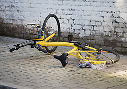 © Licensed to London News Pictures. 05/04/2018. London, UK. A bicycle lies abandoned inside the cordon at the murder scene in Hackney where a 20 year old man was stabbed in Link Street. Police were approached by a man suffering from stab injuries at 8pm last night he was pronounced dead at 8. 24pm by officers. Photo credit: Peter Macdiarmid/LNP
