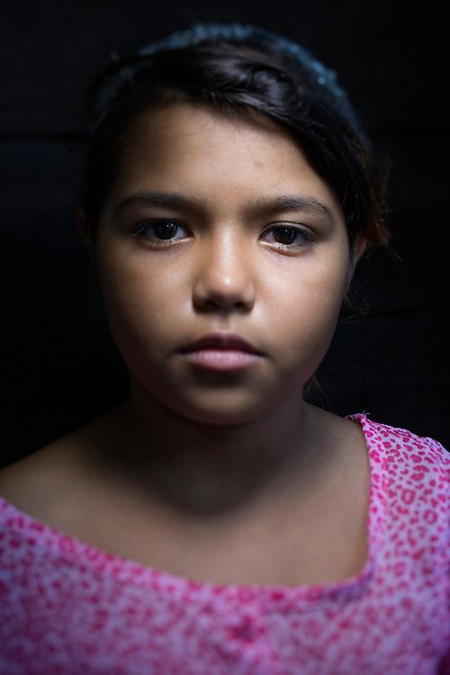 San Pedro Sula, Honduras<br /> <br /> Diana 11 &aring;r f&ouml;rlorade nyligen sin mamma. Mamman sk&ouml;ts i bilen n&auml;r hon skulle h&auml;mta Diana i skolan.<br /> <br /> <br /> Photo: Niclas Hammarstr&ouml;m