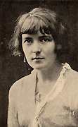Katherine Mansfield, pen name of Katherine Mansfield Beauchamp (1888-1923) short story writer born in Wellington, New Zealand. Mansfield in 1914.  In 1918 she married the English writer and critic John Middleton Murry.