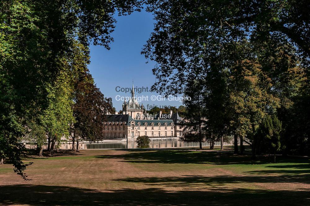 France, Hauts-de-France, Oise (60), Chantilly, Musée du Cheval sur Domaine// France, Hauts de France, Oise, Chantilly, Horse Museum in castle France, Hauts-de-France, Oise