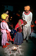INDIA, HINDUISM, CEREMONY Rajasthan; multiple 'Child Wedding'