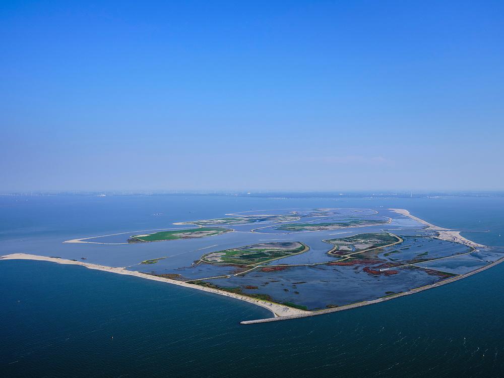 Nederland, Flevoland, Markermeer, 26-08-2019; Marker Wadden in het Markermeer. Overzicht, gezien vanuit het Noorden. <br /> Doel van het project van Natuurmonumenten en Rijkswaterstaat is natuurherstel, met name verbetering van de ecologie in het gebied, in het bijzonder de kwaliteit van bodem en water<br /> Naast het hoofdeiland is er inmiddels een tweede eiland in wording, de uiteindelijk Marker Wadden archipel zal uit vijf eilanden bestaan. <br /> Marker Wadden, artifial islands. The aim of the project is to restore the ecology in the area, in particular the quality of soil and water.<br /> The first phase of the construction, the main island, is finished. <br /> <br /> luchtfoto (toeslag op standard tarieven);<br /> aerial photo (additional fee required);<br /> copyright foto/photo Siebe Swart