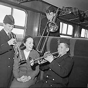 Córas Iompar Éireann Hostess Deirdre Banner..17.03.1962