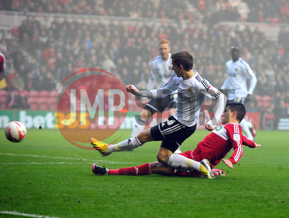 Bristol City's Joe Bryan centres the ball - Photo mandatory by-line: Joe Meredith/JMP  - Tel: Mobile:07966 386802 24/11/2012 - Middlesbrough v Bristol City - SPORT - FOOTBALL - Championship -  Middlesbrough  - River Side Stadium