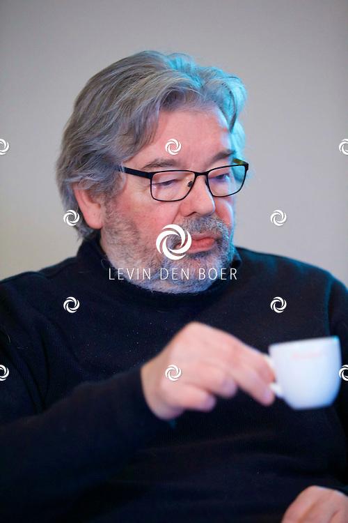 UTRECHT - Perspresentatie van een nieuw tv programma 'Hier zijn de Van Rossems'. Met hier op de foto  Maarten van Rossem. FOTO LEVIN DEN BOER - PERSFOTO.NU