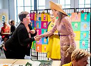 ENSCHEDE - Koningin Máxima opent gebouw Zuid van de Performance Factory. In de voormalige textielfabriek zijn 25 commerciële en maatschappelijke organisaties gevestigd. ANP ROYAL IMAGES ROBIN UTRECHT *NETHERLANDS ONLY*