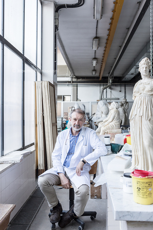 Rome, Vatican Museums, the sculpture Workshop,  the director Guy Devreux