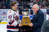 REGINA, SK - MAY 27: Sam Steel #23 of Regina Pats accepts the MVP trophy from CHL president David Branch at Brandt Centre - Evraz Place on May 27, 2018 in Regina, Canada. (Photo by Marissa Baecker/CHL Images)