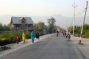Dal Lake, Srinagar, Kashmir, Jammu and Kashmir, Northern India 2009-07-10.<br />