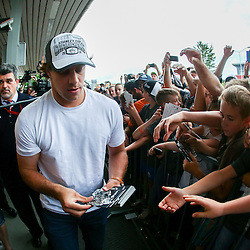 20140626: SLO, Ice Hockey - Reception of NHL Star Anze Kopitar at Airport Joze Pucnik