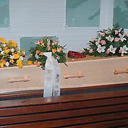 Begrafenis Jan Versteeg cq Frans Vrolijk, kist
