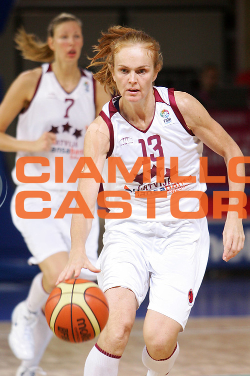DESCRIZIONE : Vasto Italy Italia Eurobasket Women 2007 Lettonia Belgio Latvia Belgium <br /> GIOCATORE : Ieva Tare <br /> SQUADRA : Lettonia Latvia <br /> EVENTO : Eurobasket Women 2007 Campionati Europei Donne 2007 <br /> GARA : Lettonia Belgio Latvia Belgium <br /> DATA : 30/09/2007 <br /> CATEGORIA : Palleggio <br /> SPORT : Pallacanestro <br /> AUTORE : Agenzia Ciamillo-Castoria/S.Silvestri <br /> Galleria : Eurobasket Women 2007 <br /> Fotonotizia : Vasto Italy Italia Eurobasket Women 2007 Belgium Latvia Belgio Lettonia <br /> Predefinita :