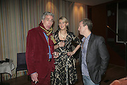 PAUL BLEZARD, RUTH CAIRNS AND ZIV NAVOTH. Launch of Ziv Navoth's book Ð Nanotales. The Groucho Club, London. 22 February 2007. t -DO NOT ARCHIVE-© Copyright Photograph by Dafydd Jones. 248 Clapham Rd. London SW9 0PZ. Tel 0207 820 0771. www.dafjones.com.