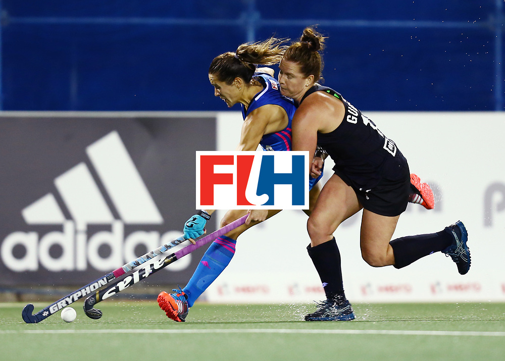 New Zealand, Auckland - 22/11/17  <br /> Sentinel Homes Women&rsquo;s Hockey World League Final<br /> Harbour Hockey Stadium<br /> Copyrigth: Worldsportpics, Rodrigo Jaramillo<br /> Match ID: 10304 - ARG vs NZL<br /> Photo: (7) CAVALLERO Martina against (12) GUNSON Ella