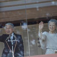 Japon;Tokyo festivités  publiques  données au palais impérial en l'honneur de l'anniversaire de  l'empereur du Japon Akihito (EISEI TENNO) né le 23 décembre 1933  qui a  a son actif 20 de règne en 2009 ..Japan;Tokyo;Public ceremony for emperor birthday born in 1933 DECEMBER,23