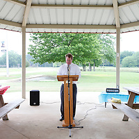 Thomas Wells   BUY at PHOTOS.DJOURNAL.COM<br /> Tupelo Mayor Jason Shelton kicks off a 75 hour bible reading at Veterans Park on Monday to lead up to Thursday's National day of Prayer.