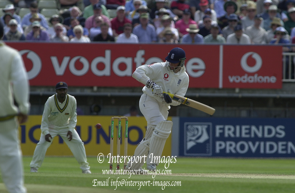31/05/2002.Sport -Cricket - 2nd NPower Test -Second Day.England vs Sri Lanka..Marcus Trescothick [Mandatory Credit Peter Spurrier:Intersport Images]
