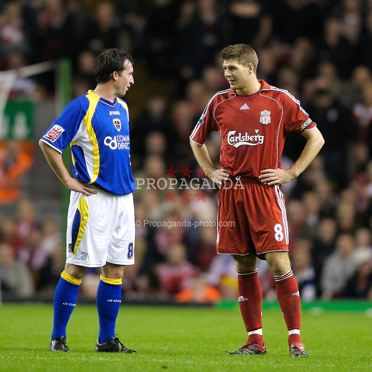 LIVERPOOL, ENGLAND - Wednesday, October 31, 2007: Liverpool's captain Steven Gerrard MBE talks to Cardiff City's Robbie 'God' Fowler during the League Cup 4th Round match at Anfield. (Photo by David Rawcliffe/Propaganda)
