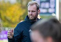 AMSTELVEEN - coach Daan Sabel (Pinoke) tijdens de competitie hoofdklasse hockeywedstrijd dames, Pinoke-SCHC (1-8) . COPYRIGHT KOEN SUYK