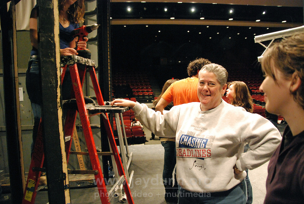 """USA, Skokie, IL, February 12, 2010.  Kristen Mackie is in charge of set construction for """"Rent."""" Niles North High School's afternoon programs give hundreds of kids opportunities to learn and pursue artistic or academic avenues of their own choice outside standard curricula. The drama program, for example, led by instructor Tim Ortmann, teaches interested students every aspect of theater, from the roles themselves to costume-making, set-building and production design. Photo for Hoy by Jay Dunn."""
