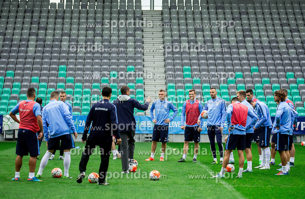 Head coach Srecko Katanec talking to players during practice session of Slovenian National Football team two days before Euro 2016 Qualifying game between Slovenia and Lithuania, on October 7, 2015 in SRC Stozice, Ljubljana Slovenia. Photo by Vid Ponikvar / Sportida