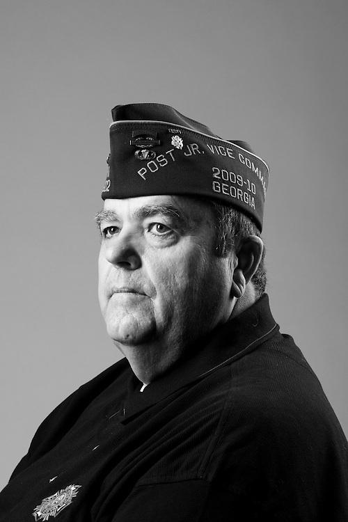 William Glisson<br /> Army<br /> E-7<br /> Special Forces<br /> Dec. 26, 1979 - Sept. 21, 1993<br /> Desert Storm<br /> <br /> Veterans Portrait Project<br /> St. Louis, MO