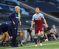 West Ham's David Moyes talks to Jarrod Bowen during the Premier League match at the Tottenham Hotspur Stadium, London. Picture date: 23rd June 2020. Picture credit should read: David Klein/Sportimage