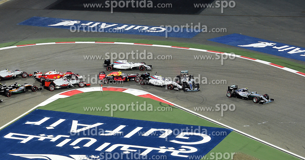 03.04.2016, International Circuit, Sakhir, BHR, FIA, Formel 1, Grand Prix von Bahrain, Rennen, im Bild Nico Rosberg (GER) Mercedes-Benz F1 W07 Hybrid leads as Valtteri Bottas (FIN) Williams FW38 and Lewis Hamilton (GBR) Mercedes-Benz F1 W07 Hybrid collide at the start of the race // during Race for the FIA Formula One Grand Prix of Bahrain at the International Circuit in Sakhir, Bahrain on 2016/04/03. EXPA Pictures &copy; 2016, PhotoCredit: EXPA/ Sutton Images<br /> <br /> *****ATTENTION - for AUT, SLO, CRO, SRB, BIH, MAZ only*****