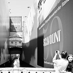 Venezia: pubblicità invasiva :-: Invasive advertising in Venice