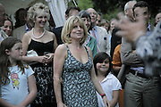 RACHEL JOHNSON, Rachel Johnson celebratespublication of ' Notting Hell'. Communal Gardens. Ladbroke Grove. London. 4 September 2006. .ONE TIME USE ONLY - DO NOT ARCHIVE  © Copyright Photograph by Dafydd Jones 66 Stockwell Park Rd. London SW9 0DA Tel 020 7733 0108 www.dafjones.com