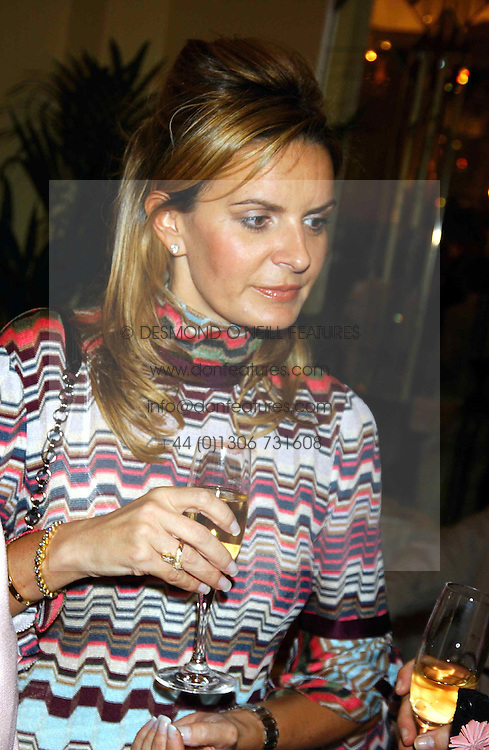 NIKKI REAGAN at a lunch and fashion show by Bruce Oldfield in aid of Barnados and held at Claridges, Brook Street, London W1 on 22nd September 2004.<br /><br />NON EXCLUSIVE - WORLD RIGHTS