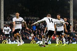 Andre Schurrle of Fulham scores a goal to make it 4-2 - Mandatory by-line: Robbie Stephenson/JMP - 26/08/2018 - FOOTBALL - Craven Cottage - Fulham, England - Fulham v Burnley - Premier League