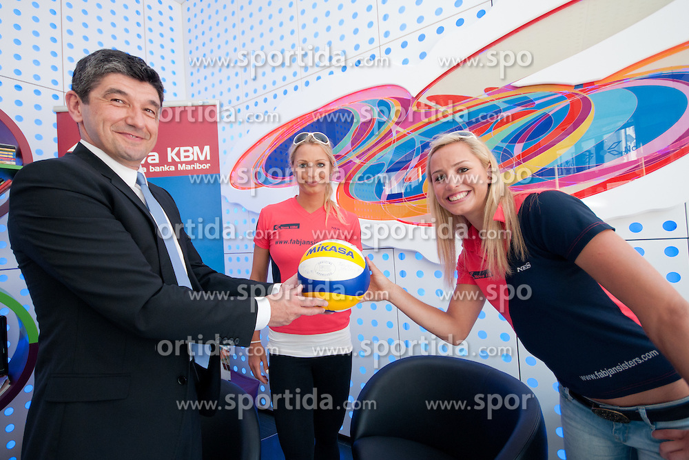 Aleksander Batic, executive director of the Nova KBM, with Simona Fabjan and Erika Fabjan at Fabjan Sisters Press Conference about signing sponsorship contract with Nova Kreditna Banka Maribor, on May 24, 2011 in NKBM Poslovalnica Ljubljana, , Slovenia. (Photo by Matic Klansek Velej / Sportida)