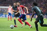 Atletico de Madrid's Yannick Carrasco and Chelsea's Cesc Fabregas during UEFA Champions League match between Atletico de Madrid and Chelsea at Wanda Metropolitano in Madrid, Spain September 27, 2017. (ALTERPHOTOS/Borja B.Hojas)