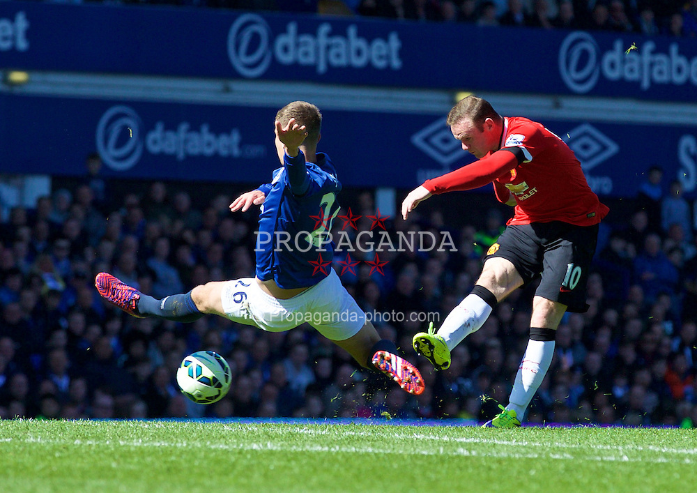 LIVERPOOL, ENGLAND - Sunday, April 26, 2015: Manchester United's Wayne Rooney in action against Everton during the Premier League match at Goodison Park. (Pic by David Rawcliffe/Propaganda)