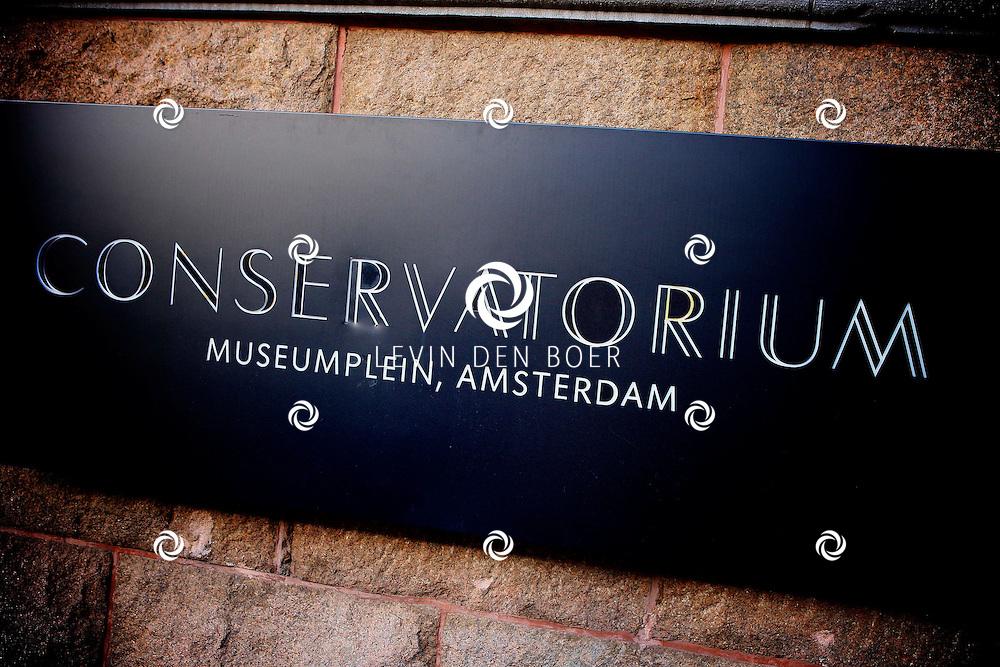 AMSTERDAM - In het Conservatorium Hotel vierde Leco Zadelhoff zijn 45ste verjaardag. Met op de foto  Conservatorium Hotel. FOTO LEVIN DEN BOER  - PERSFOTO.NU