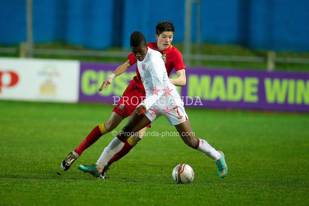 PORT TALBOT, WALES - Thursday, November 1, 2012: England's Joshua Onomah in action against Wales during the Under-16's Victory Shield match at Victoria Road. (Pic by David Rawcliffe/Propaganda)