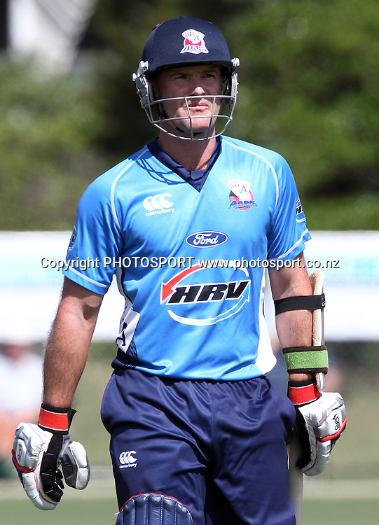 Gareth Hopkins. Twenty20 Cricket, Auckland Aces v Pakistan, Colin Maiden Park, Auckland. Thursday 23 December 2010.Photo: Andrew Cornaga/photosport.co.nz