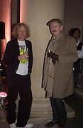 Grayson Perry and Cerith Wynn Evans. Turner Prize. Tate Gallery. 8 December 2002. © Copyright Photograph by Dafydd Jones 66 Stockwell Park Rd. London SW9 0DA Tel 020 7733 0108 www.dafjones.com