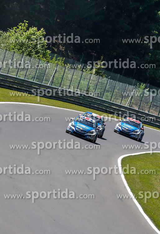 "20.05.2012, Salzburgring, Salzburg, AUT, FIA, WTTC Rennen 1, im Bild Robert Huff (GBR), Chevrolet, Chevrolet Cruze 1.6 T, #1, Yvan Muller (FRA),  Chevrolet, Chevrolet Cruze 1.6 T, #2und #8, Alain Menu (SUI), Chevrolet, Chevrolet Cruze 1.6 T// during the FIA WTCC Series Austrian Race one, held at the ""Salzburgring"" near Salzburg, Austria on 2012/05/20. EXPA Pictures © 2012, PhotoCredit: EXPA/ Juergen Feichter"