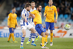 09.04.2016, Estadio de Anoeta, San Sebastian, ESP, Primera Division, Real Sociedad vs FC Barcelona, 32. Runde, im Bild Real Sociedad's Asier Illarramendi (l) and FC Barcelona's Arda Turan // during the Spanish Primera Division 32th round match between Real Sociedad and FC Barcelona at the Estadio de Anoeta in San Sebastian, Spain on 2016/04/09. EXPA Pictures © 2016, PhotoCredit: EXPA/ Alterphotos/ Acero<br /> <br /> *****ATTENTION - OUT of ESP, SUI*****
