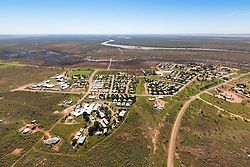 View over Fitzroy Crossing to the Fitzroy River.