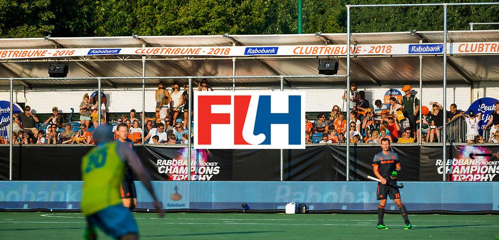 BREDA - Rabobank Clubtribune met Cartouche leden    tijdens Nederland- Australie bij  de Hockey Champions Trophy. COPYRIGHT KOEN SUYK