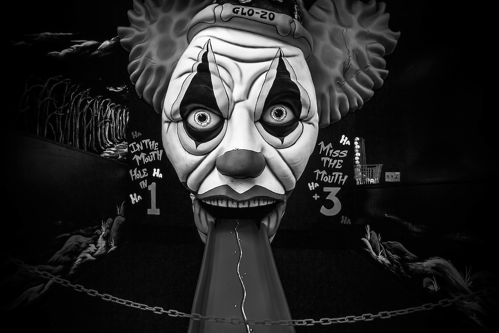 Creepy 18th hole at indoor putt-putt golf establishment in Gaithersburg, MD. Copyright 2016 Reid McNally.