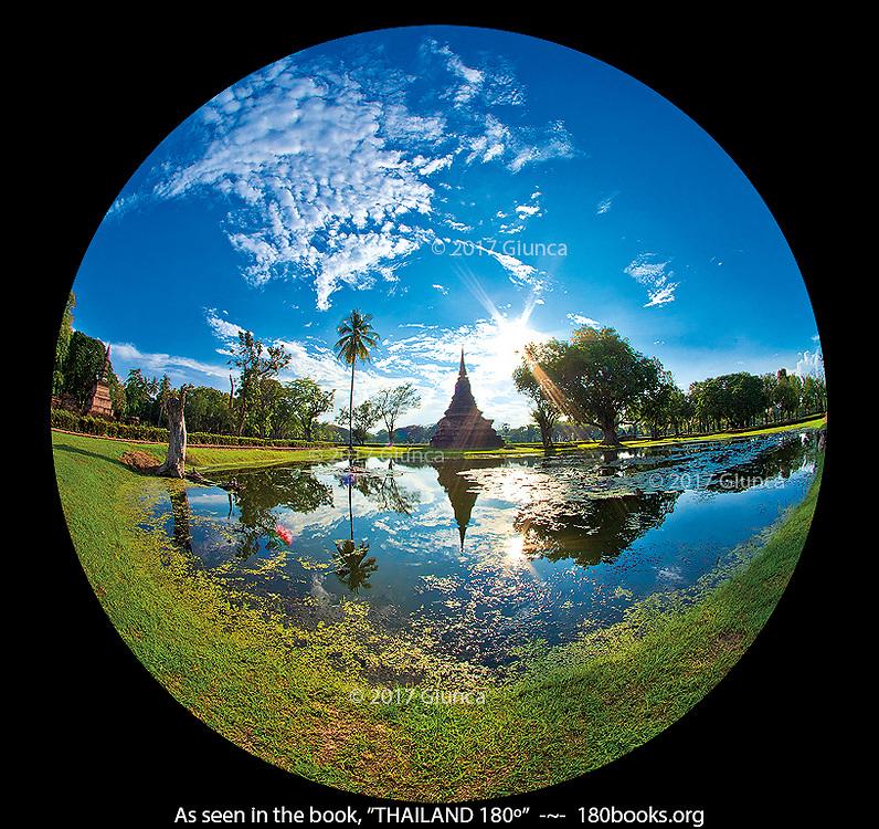 Wat Mahathat in Sukhothai, Thailand