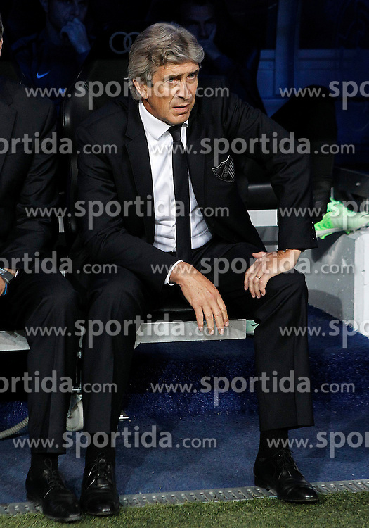 08.05.2013, Estadio Santiago Bernabeu, Madrid, ESP, Primera Division, Real Madrid vs FC Malaga, 36. Runde, im Bild Malaga's coach Manuel Pellegrini // during the Spanish Primera Division 36th round match between Real Madrid CF and Malaga FC at the Estadio Santiago Bernabeu, Madrid, Spain on 2013/05/08. EXPA Pictures © 2013, PhotoCredit: EXPA/ Alterphotos/ Acero..***** ATTENTION - OUT OF ESP and SUI *****